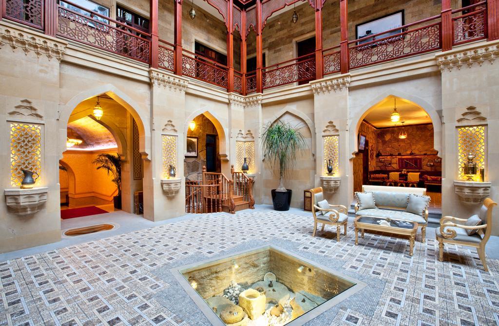 SHAH PALASE Hotel.Labi