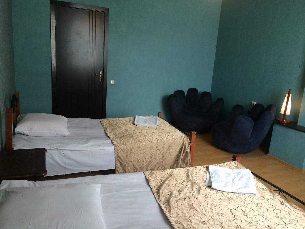 Garden Hotel. double room