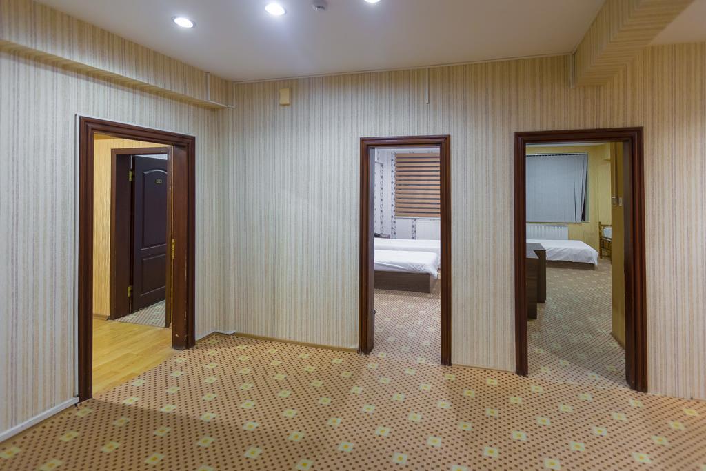 SHARQ Hotel.room