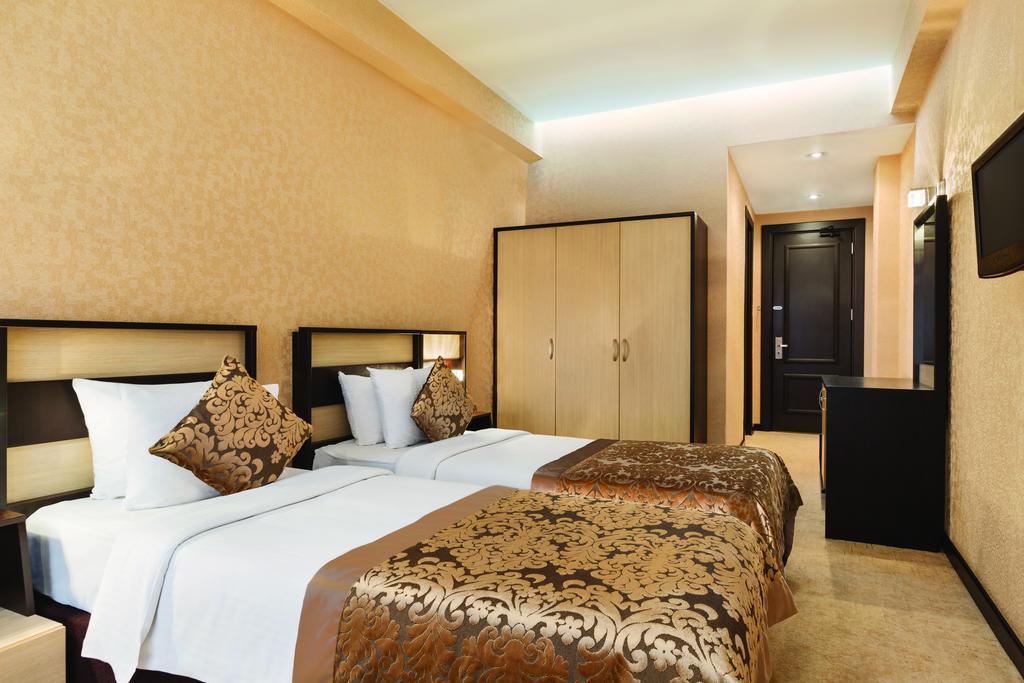 DAYS Hotel.room