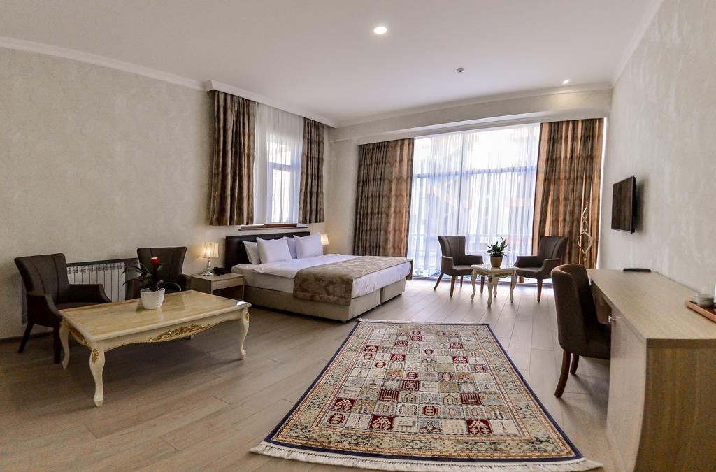 AMMAR Hotel.room