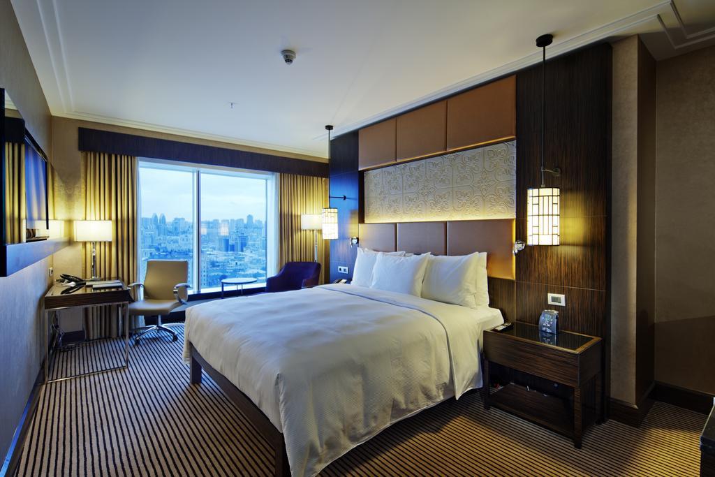 GRAND EUROPE Hotel. room