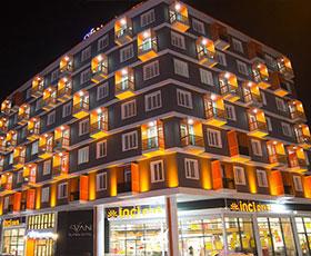 HOTEL VAN SUIT