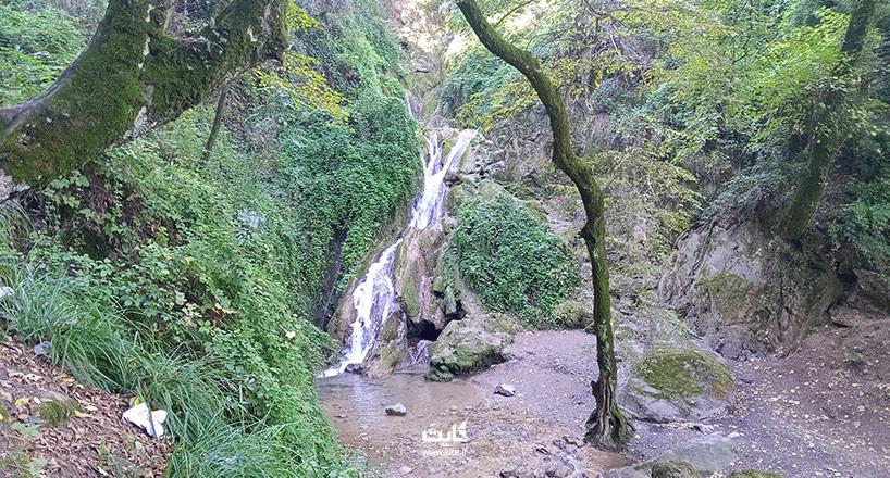 آبشار لوه کجاست؟ راهنمای سفر+ راههای دسترسی+ تصاویر