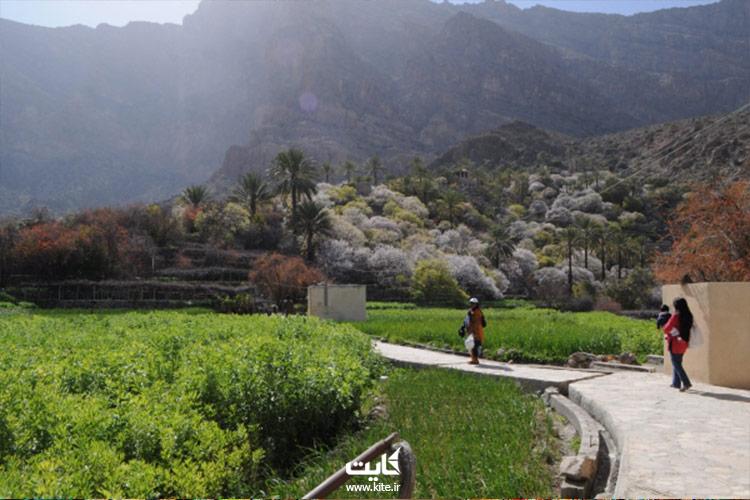 بازدید از روستای وکان در تور عمان که سه ساعت و نیم روزه