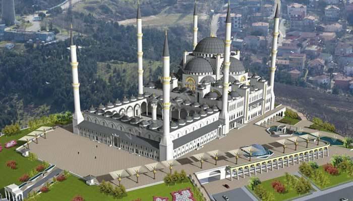 بزرگترین مسجد ترکیه در استانبول که شکوه آن کافر را مسلمان میکند