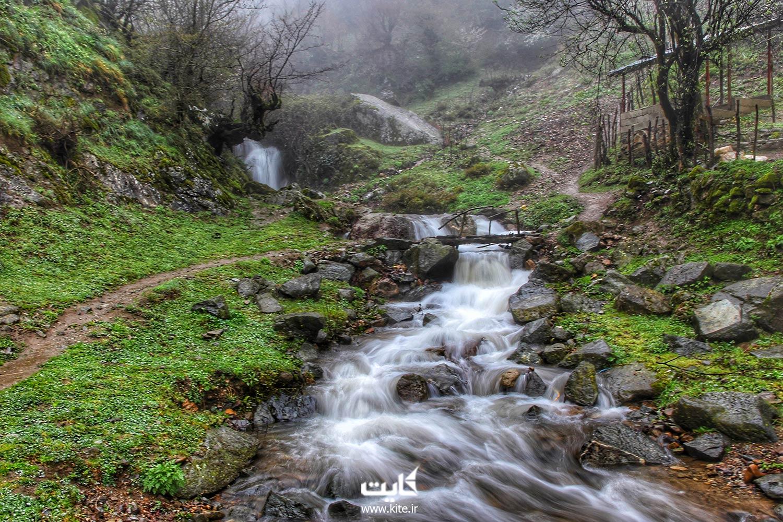 آبشار-لار-چشمه