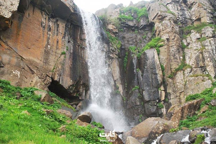 آبشار-ورزان-در-سفر-به-سوباتان