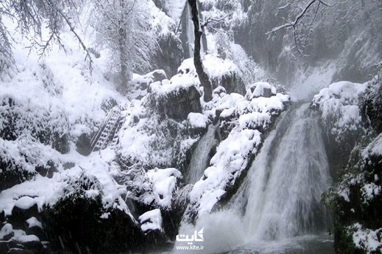 آبشار-کبودوال-در-زمستان