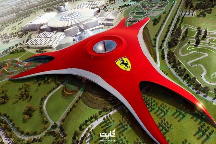 اتومبیلسواری-از-تفریحات-مجردی-دوبی-امارات