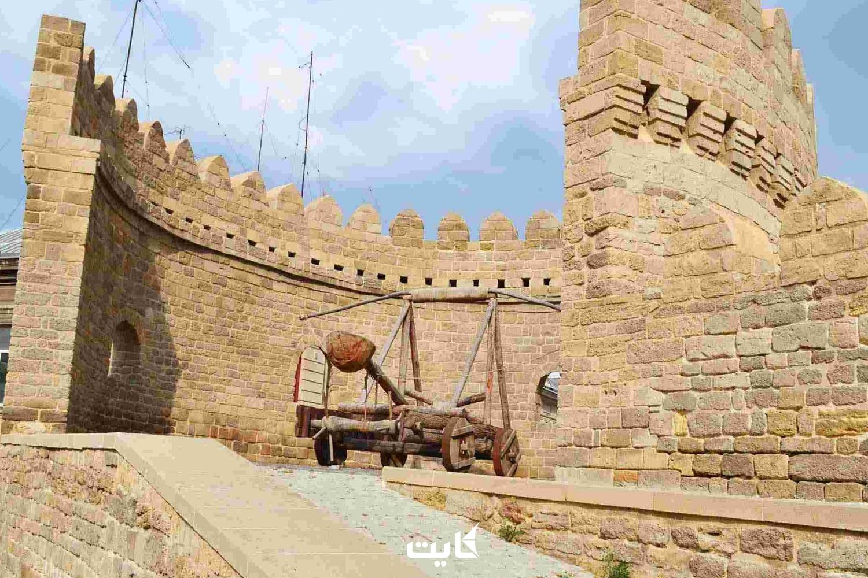 قلعه تاریخی آذربایجان