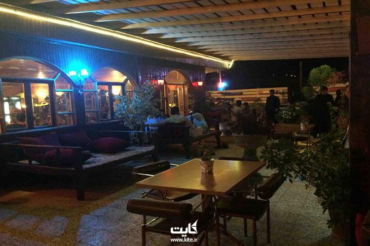 رستوران-بام-چابهار-از-بهترین-رستورانهای-چابهار
