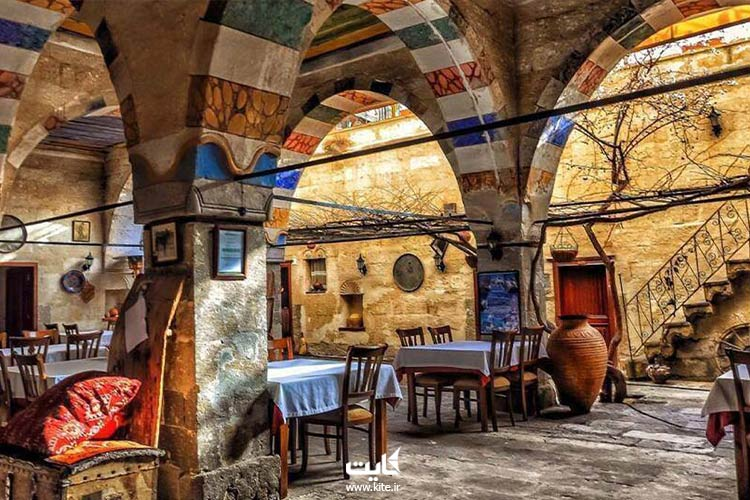 رستوران-خانه-قدیمی-یونانی
