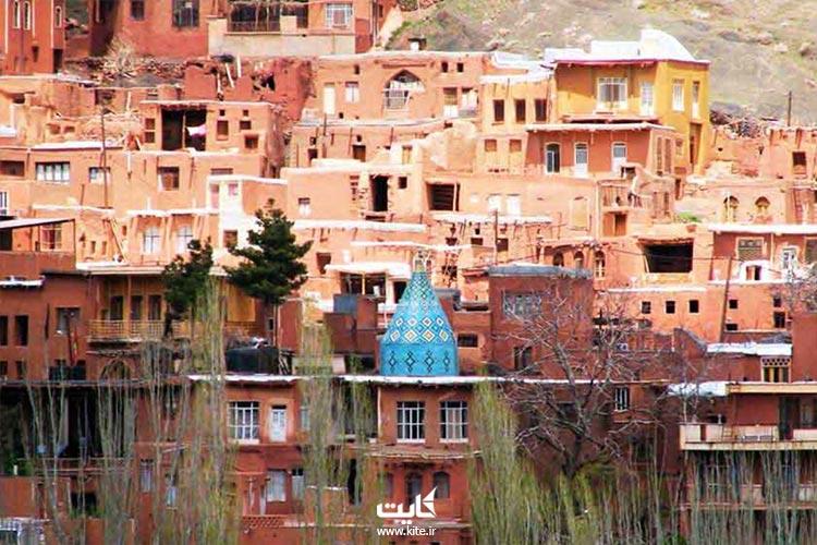 روستای سرخ ابیانه