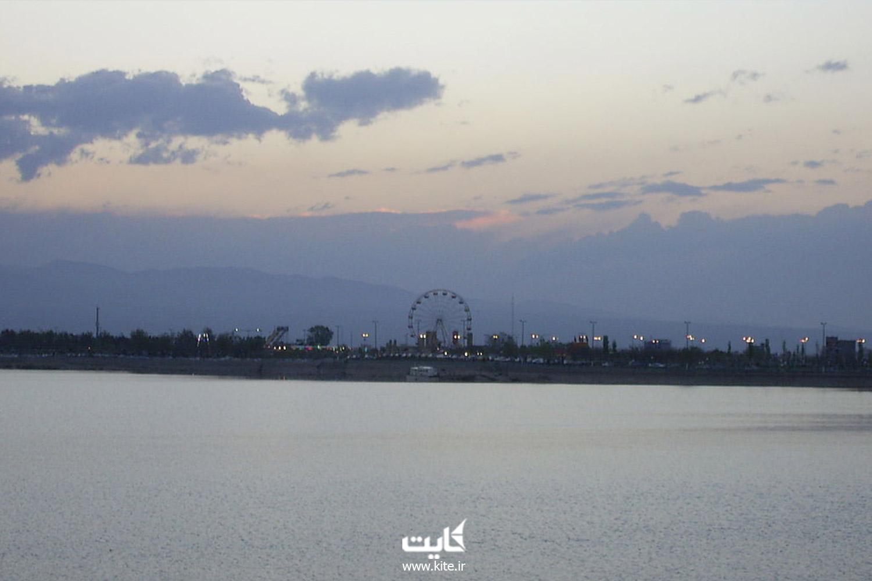 زیپ لاین دریاچه شورابیل اردبیل