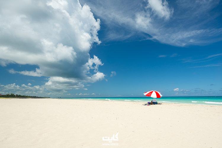 ساحل ماسه سفید وارادرو