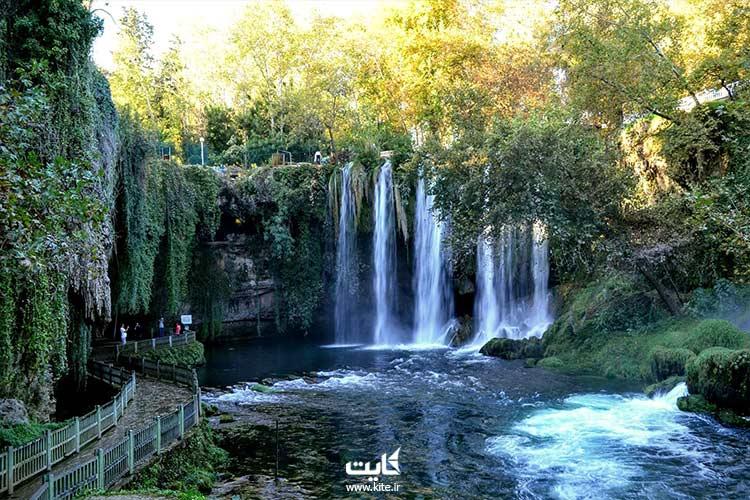شیرجهزنی-در-آبشارهای-دودن