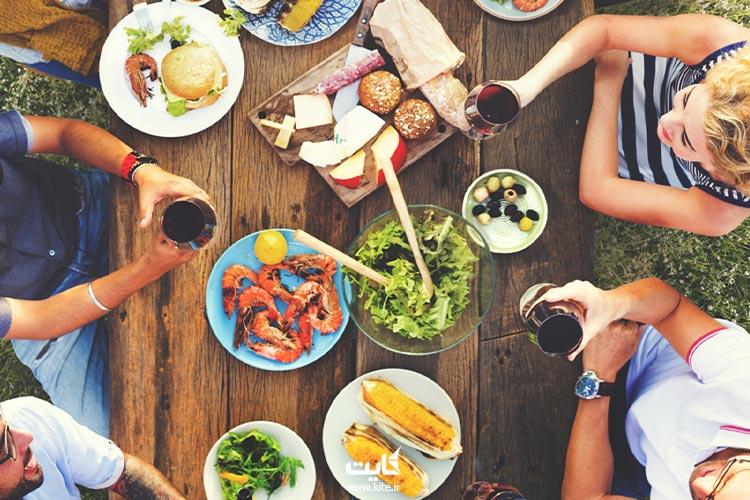 صرف-وعدههای-غذایی-در-طبیعت