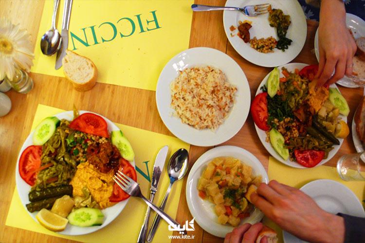 شام رو در بهترین رستوران خیابون استقلال