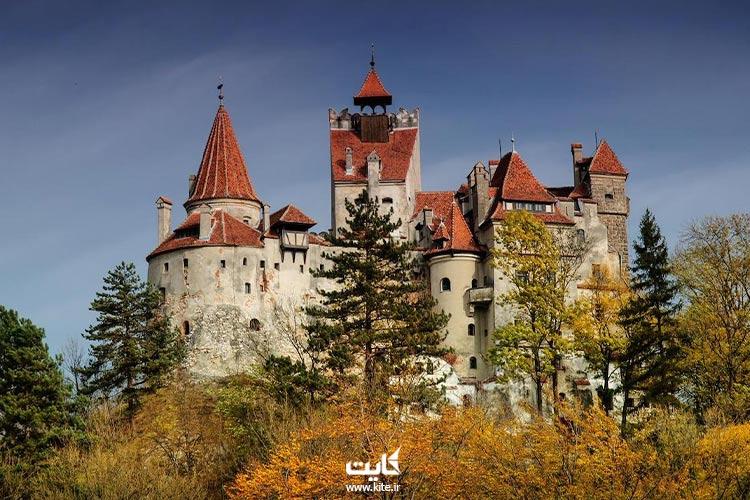 قلعه-دراکولا-رومانی-در-روز