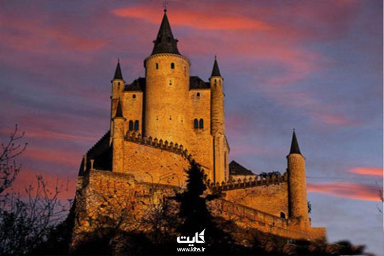 5 تا از بزرگترین قلعه های جهان که از دل تاریخ بلند شدن