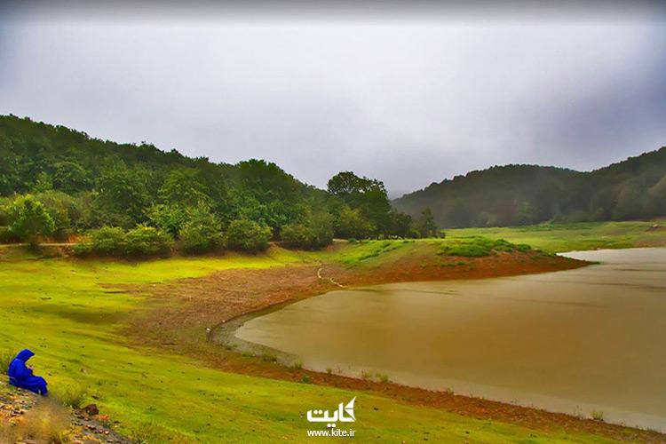 منطقه-سبز-اطراف-دریاچه