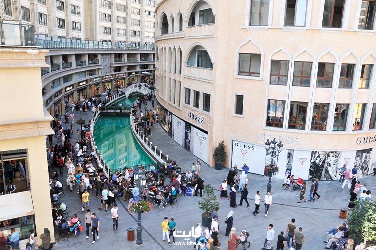 نمایی-از-مرکز-خرید-ونیزیا-استانبول