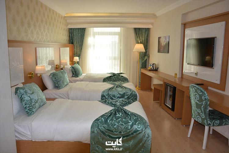 اتاقهای سه تخته هتل هالدی