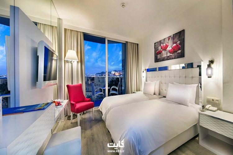 هتل-و-ریزوت-لیبلو