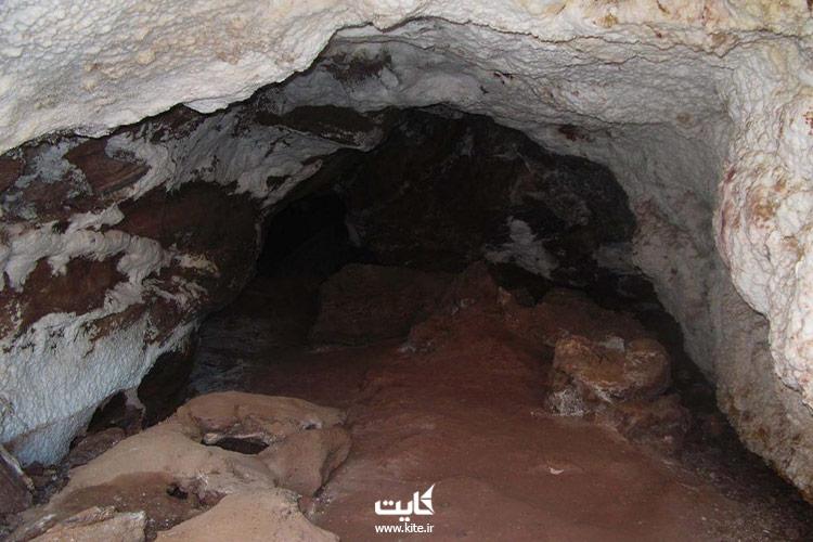 غار نمکی غربی