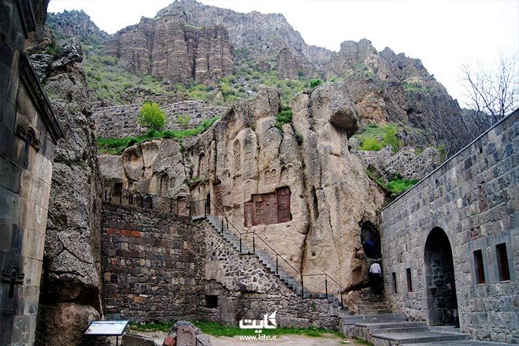 ساخت کلیسای گغارت به دست ثروتمندترین خاندان ارمنی
