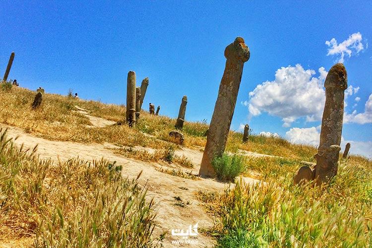قبرستان مرموز در تور ترکمن صحرا