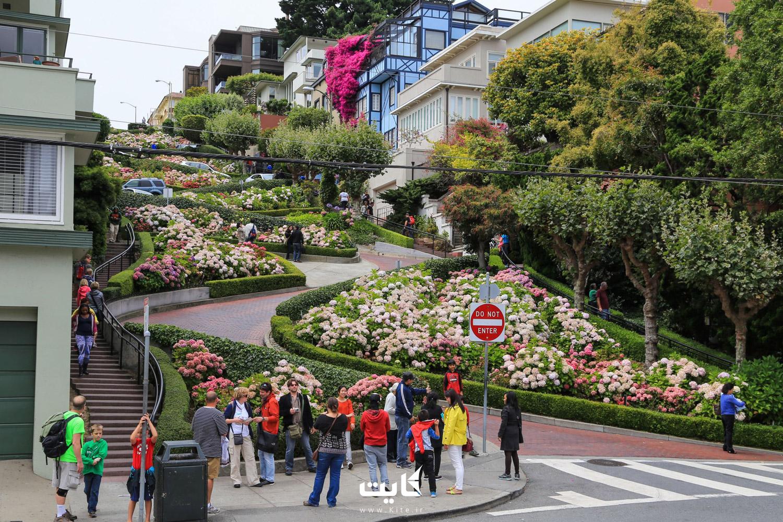 خیابان لومبارد (Lombard) در سانفرانسیسکو