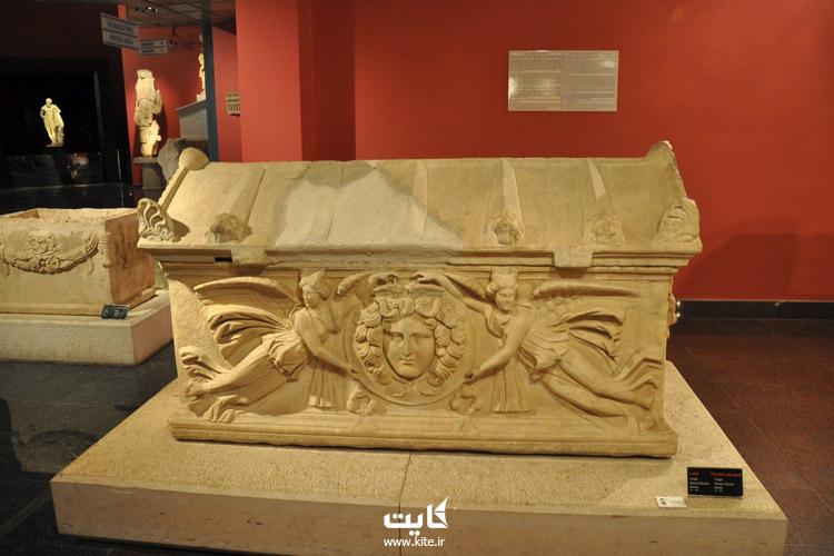 معماری موزه باستانشناسی آنتالیا