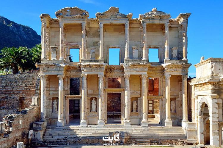 کتابخانه سلسیوس (Library of Celsus)