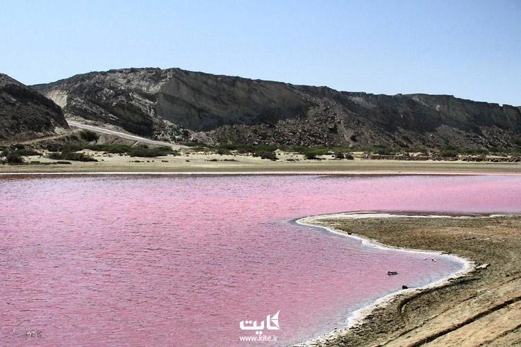 نکات مهم برای بازدید از دریاچه صورتی چابهار