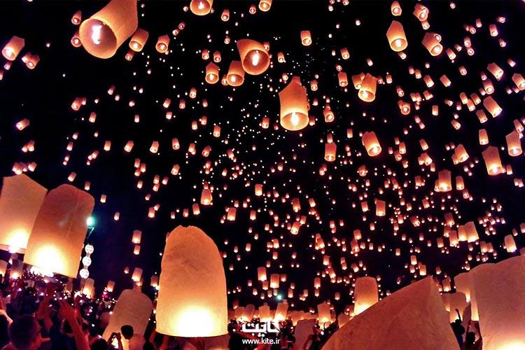 آسمان پر از فانوس جشن فانوس تایلند