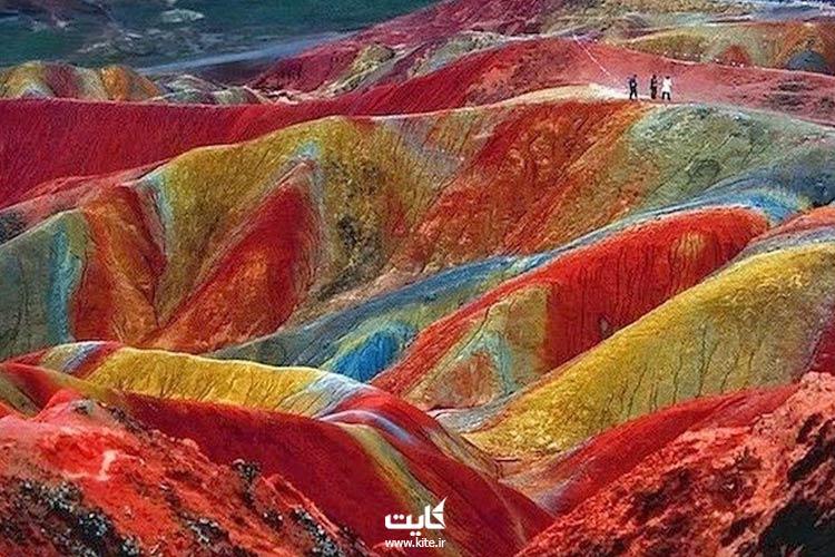 دره رنگین کمان جزیره هرمز
