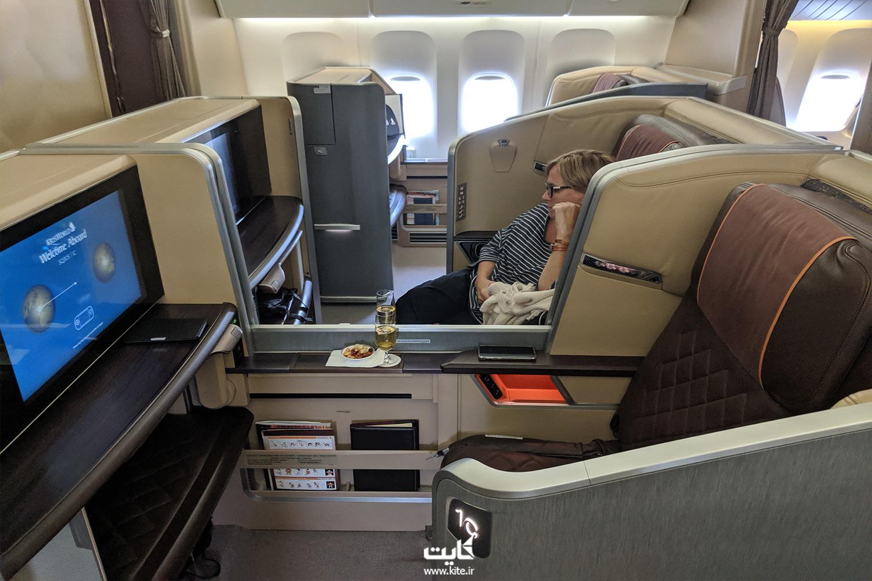 داخل کابین هواپیمای singapore airways