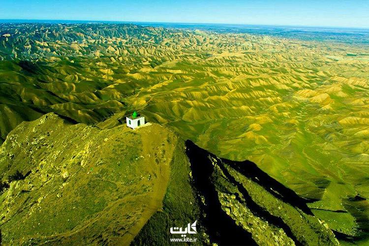 نمای از دور آرامگاه خالد نبی