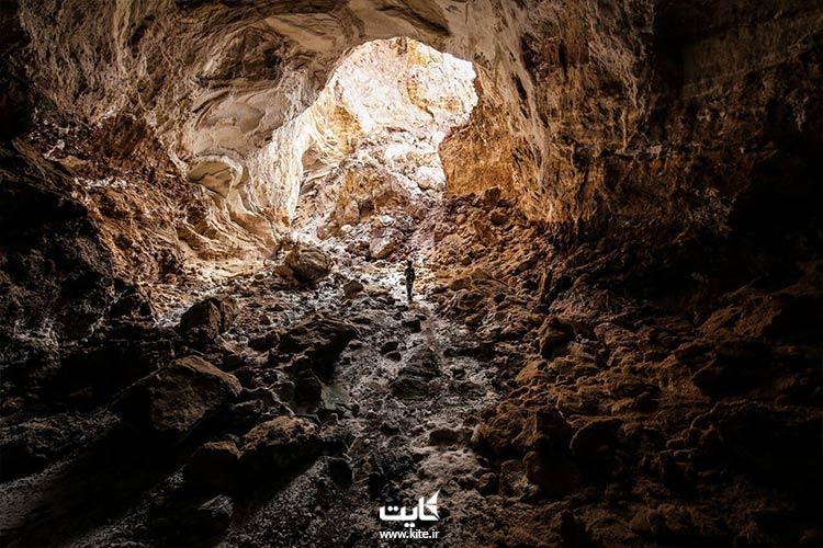 نمایی از غار نمکدان