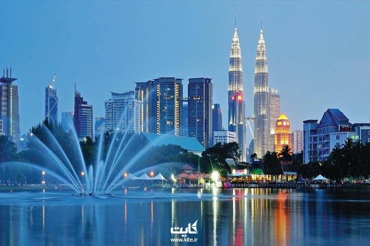 مالزی، همزیستی شهرنشینها و قبیلهنشینها در شرق آسیا