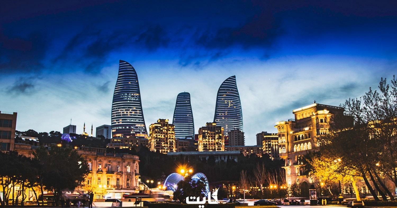 قدم زدن در بلوار باکو در زمستان
