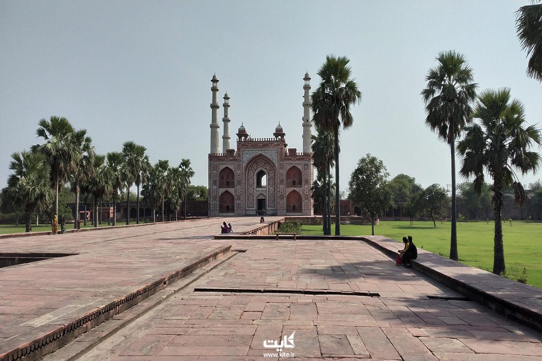 مقبرهی اکبر سیکاندرا
