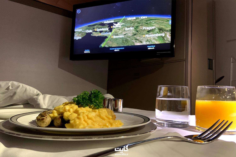 خدمات و غذای داخل هواپیمای ایرلاین سنگاپور