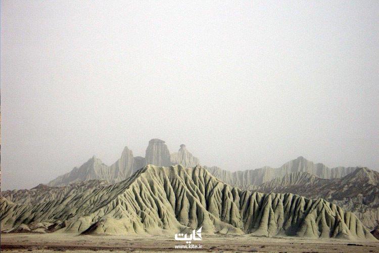 نمایی دیگر از کوههای مریخی چابهار