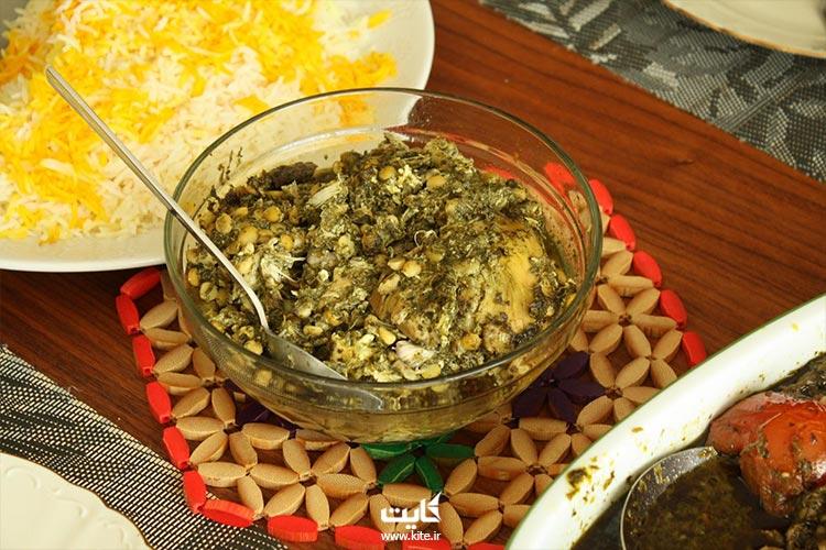 سیر قلیه، غذای محلی گیلان
