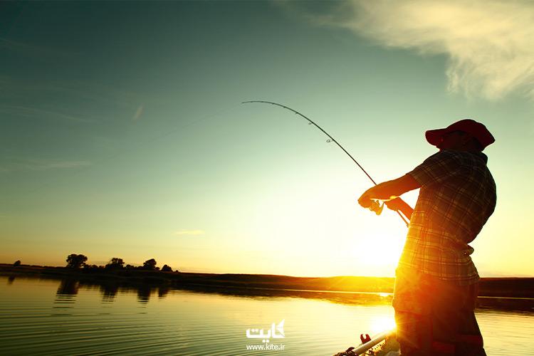 ماهیگیری با قایق تفریحی در چابهار