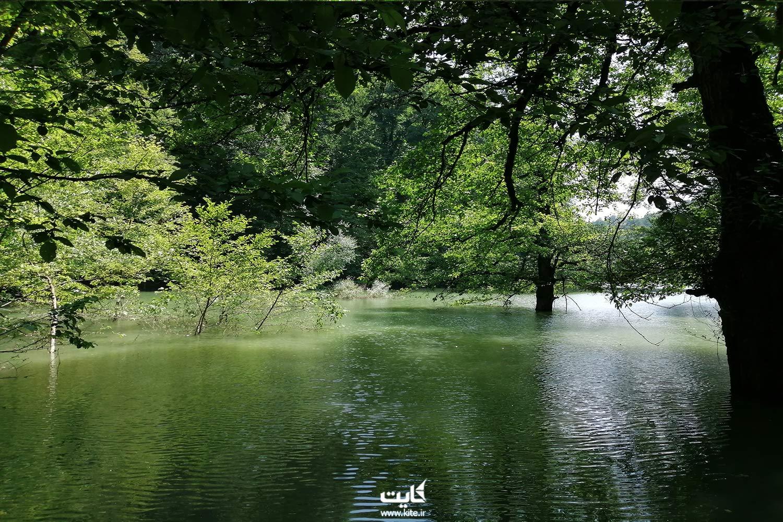 مسیر دسترسی به دریاچهی چورت