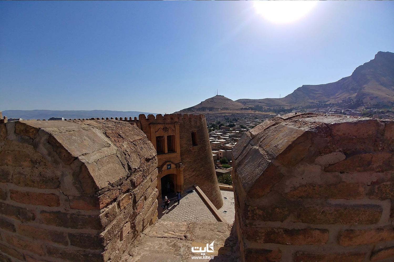 قلعهی فلک الافلاک لرستان